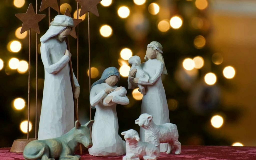 PAIRFUM Christmas Holy Family Baby Jesus Mary Joseph Perfumed Candles Reed Diffuser