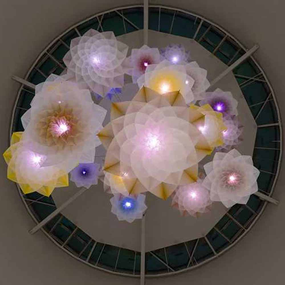 Studio Drift Robot Bouquet Flower Bloom Scent Pairfum London 7