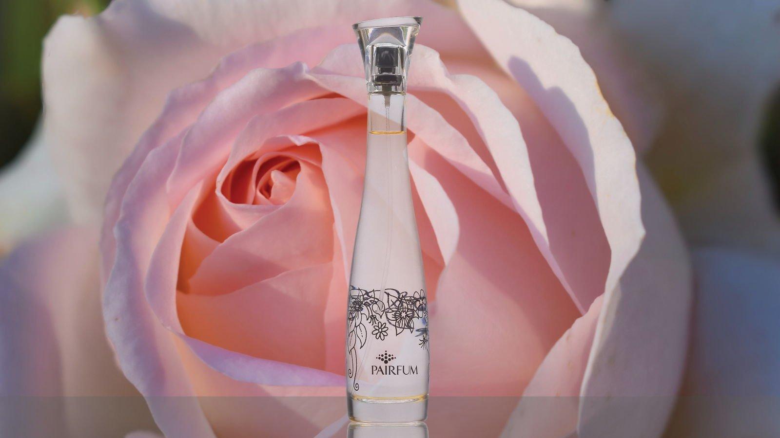 Flacon Room Perfume Spray Rose Pink Flower 16 9