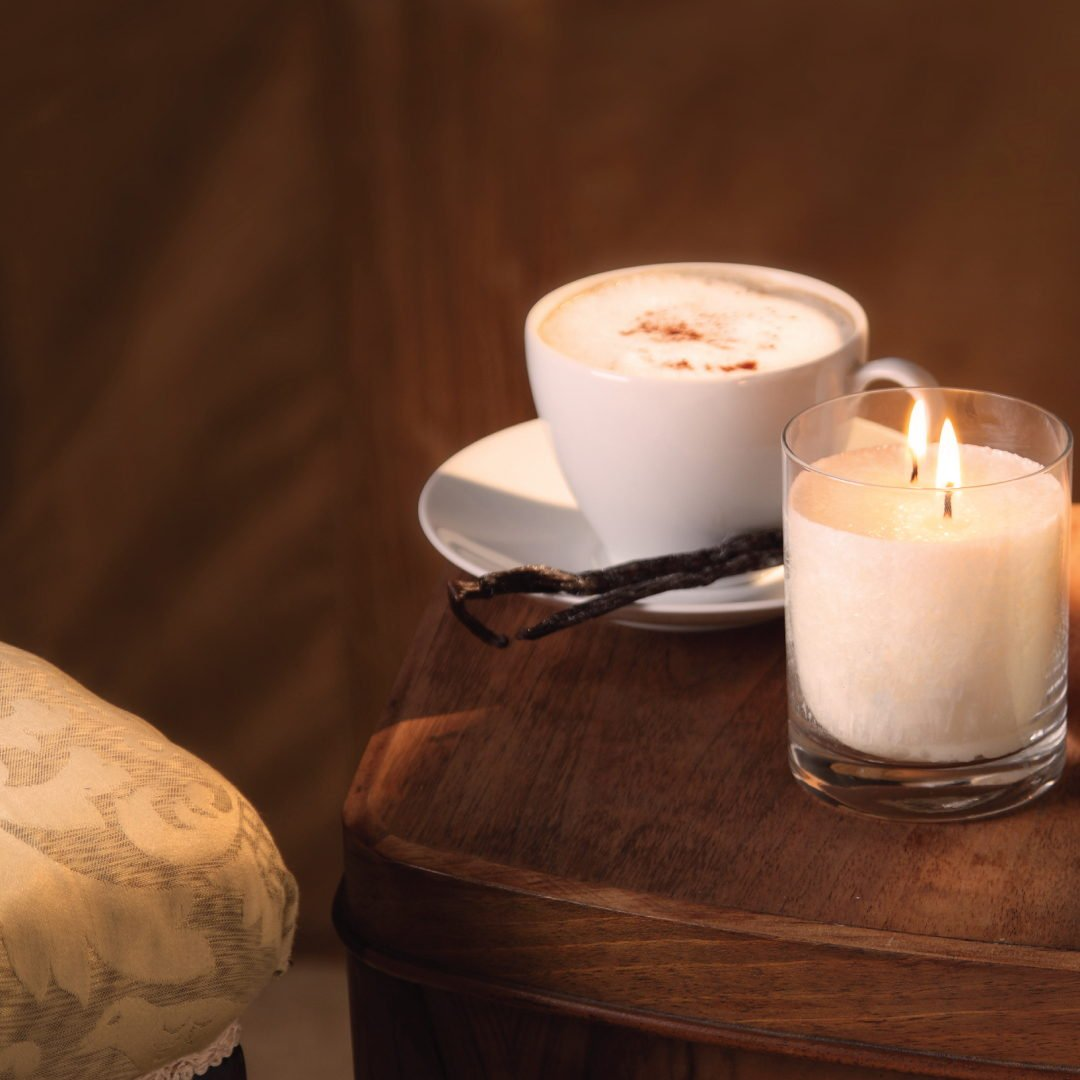 Snow Crystal Candle Large Chair Coffee Table Cognac Vanilla 1 1